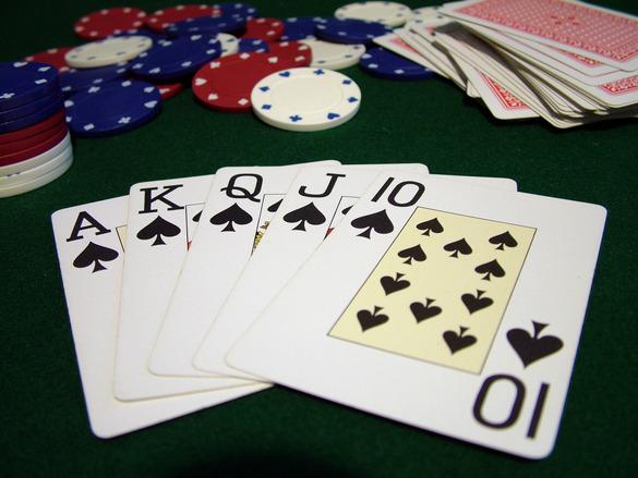 poker-hand-1522811