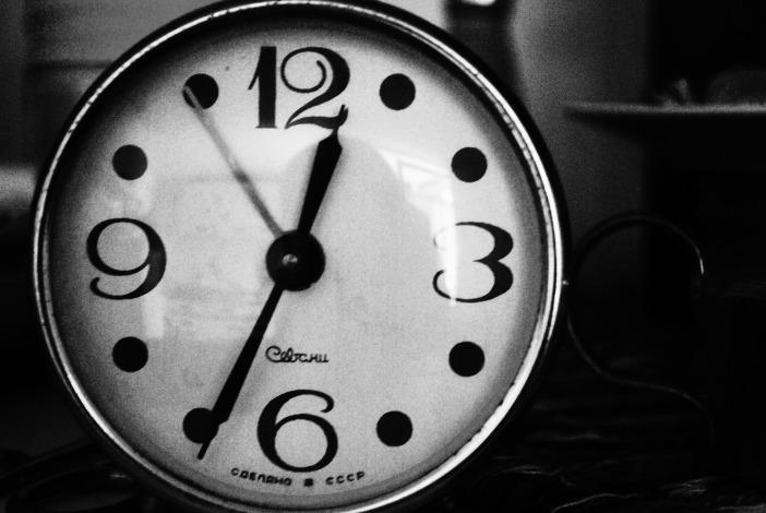 clock-692416_1920.jpg